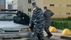 В Петербурге задержан школьник: в страйкбольной защите, с пистолетом