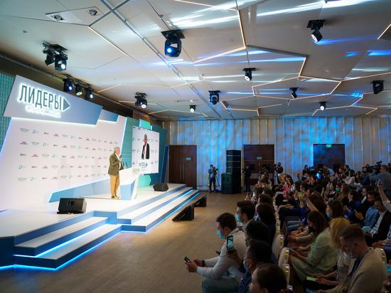 В полуфинал конкурса «Лидеры интернет-коммуникаций» прошли 25 петербуржцев