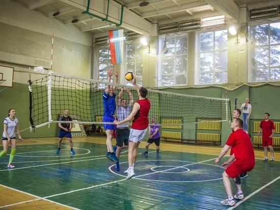 Псковские росгвардейцы завоевали «бронзу» на турнире по волейболу