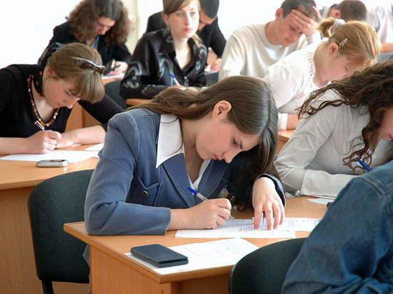 Саратовские учителя:  двоек на итоговых экзаменах будет много