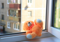 В Ивановской области в очередной раз малыш выпал из окна многоэтажки