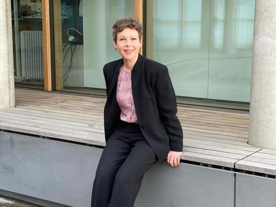 Кристина Марти Ланг: «Теперь многие женщины-дипломаты замужем, раньше это было проблемой»