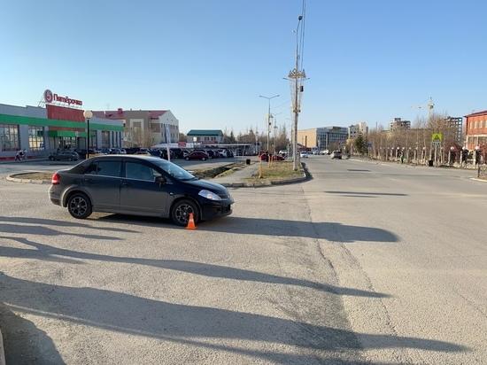 Иномарка сбила юного самокатчика на тротуаре в Салехарде