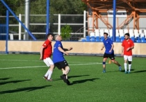 Глава Карелии впервые за 25 лет сыграл в футбол