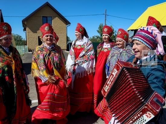 Традиционный фольклорный праздник проходит в Лаишевском селе.
