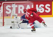 22 мая сборная России по хоккею на чемпионате мира в Риге разгромила команду Великобритании 7:1. Никто и не ожидал, что команда Великобритании окажет хоть какое-то сопротивление россиянам. Тем не менее, тренерскому штабу было над чем подумать. Игру команды Валерия Брагина оценил двукратный олимпийский чемпион, чемпион мира 1982 года Александр Кожевников.