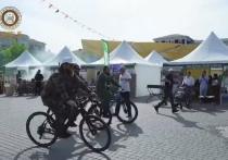 Кадыров приехал на фестиваль шашлыка в Грозном на велосипеде