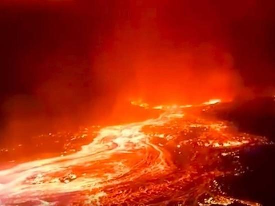 При извержении вулкана Ньирагонго в Конго погибли пять человек