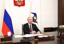 Несмотря на недавнее прилюдное обещание Путина, Кремль пока никому не «выбивает зубы», но зато наглухо закрывает для своих внесистемных внутриполитических оппонентов лазейки во власть