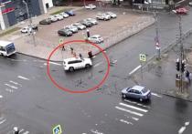 Водитель, рискнувший жизнью пешеходов в столице Карелии, пришел в ГИБДД
