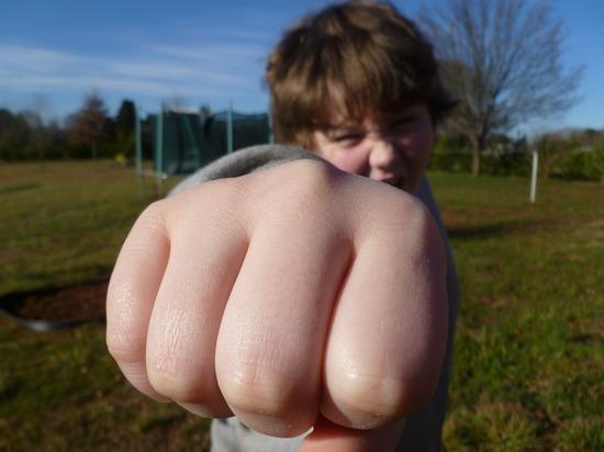 Буллинг в школе: что делать родителям и детям
