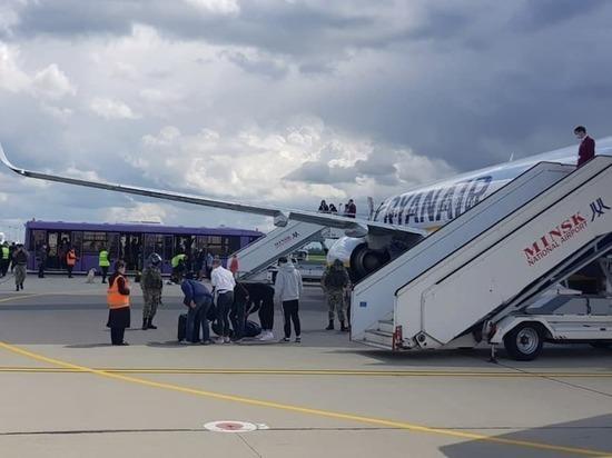 Власти Белоруссии обвинили в захвате самолета