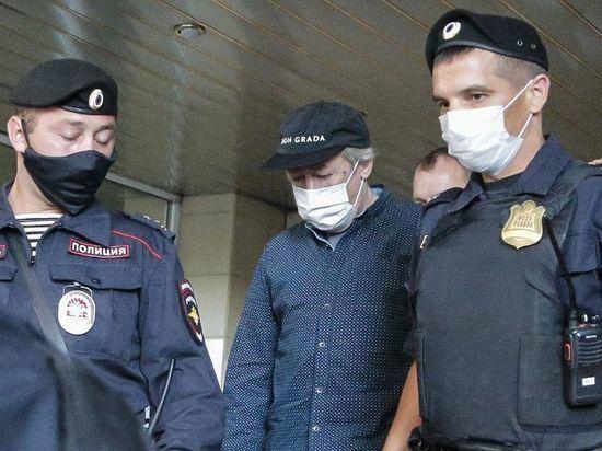 Источник усомнился в этапировании Ефремова в Москву: если только президентским бортом