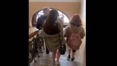 Дочь Михаила Ефремова отрицает, что отца вернули в Москву: видео