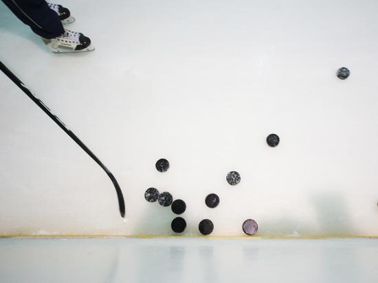 Сборная Канады одержала первую победу на ЧМ по хоккею