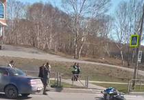 Мотоциклист, которому не уступили дорогу, попал в реанимацию