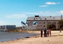 В Челябинске на необорудованном пляже озера Смолино утонул мужчина