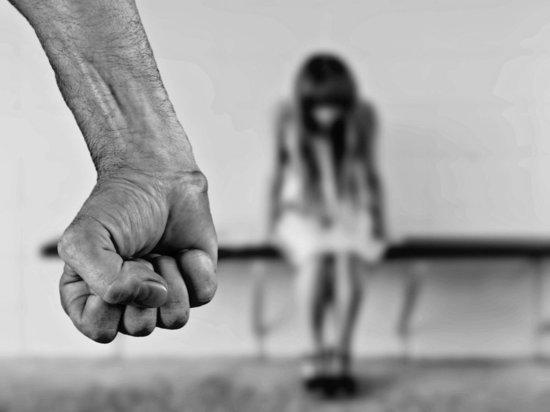 Детский омбудсмен заявила о травле девочки, над которой надругалась школьница