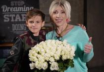 В интервью YouTube-каналу «Итан Кид» российская телезвезда Елена Воробей поделилась историей своей родословной и раскрыла подробности трагедии в семье
