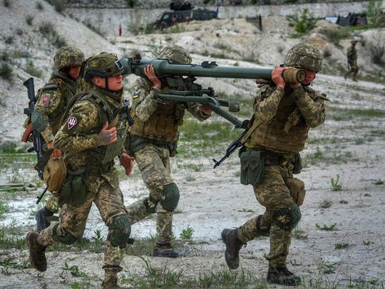 Киев увеличивает численность армии за счет территориальных батальонов
