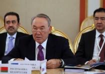 Нурсултан Назарбаев отказался от прижизненного памятника
