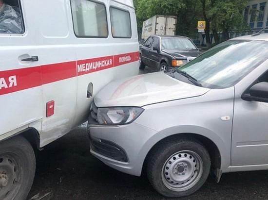В Иванове произошло ДТП с участием автомобиля скорой помощи