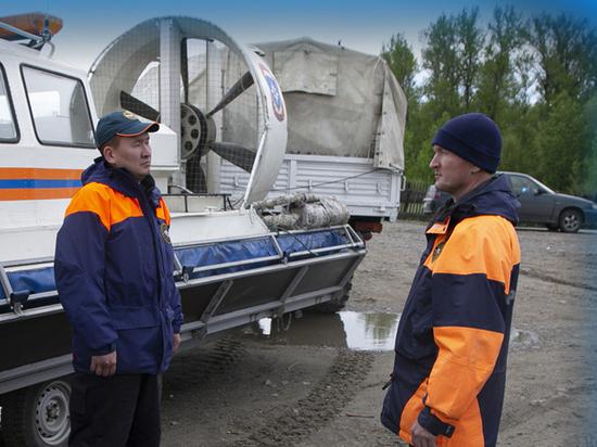 МЧС установило круглосуточное дежурство на дороге Кызыл – Сарыг-Сеп