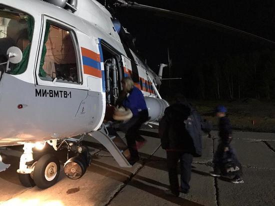 На трассе Селихино - Николаевск-на-Амуре в аварии пострадали женщина и трое детей
