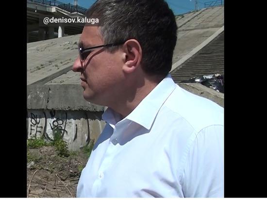 Денисов рассказал о ходе работ на набережной Оки