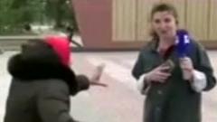 В Омской области сердитая бабушка прогнала ведущую прямого эфира