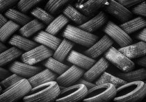 Губернатор Югры поручила ликвидировать свалку отработанных шин в кратчайшие сроки