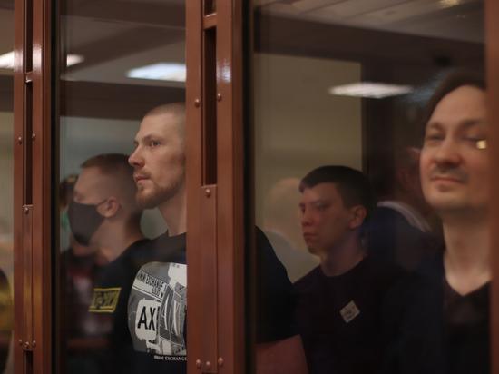 После приговора экс-полицейским журналист намекнул, что скоро, возможно, будут новые задержания