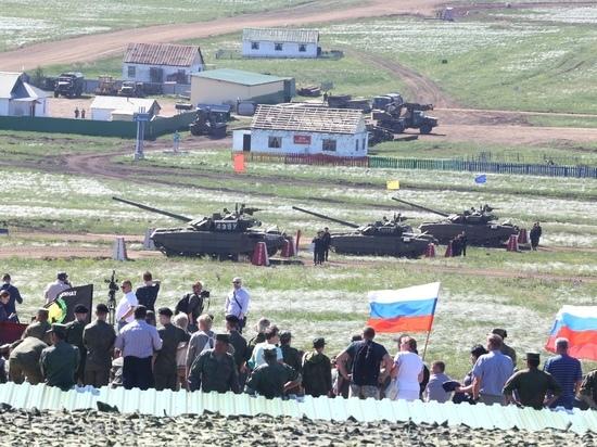 Впервые общественники побывали в училище штурманов и на Чебаркульском полигоне
