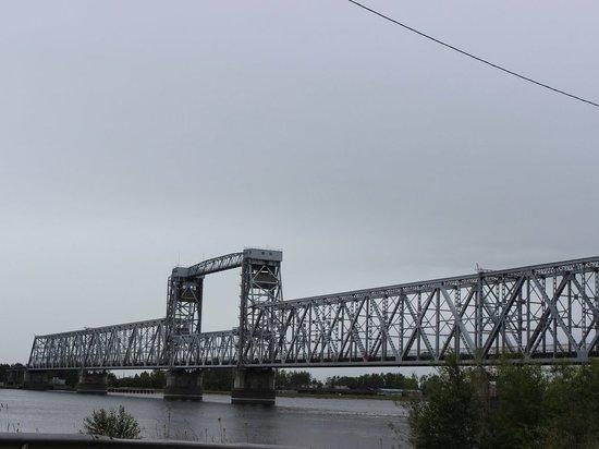 В Архангельске на две недели перекроют Северодвинский мост