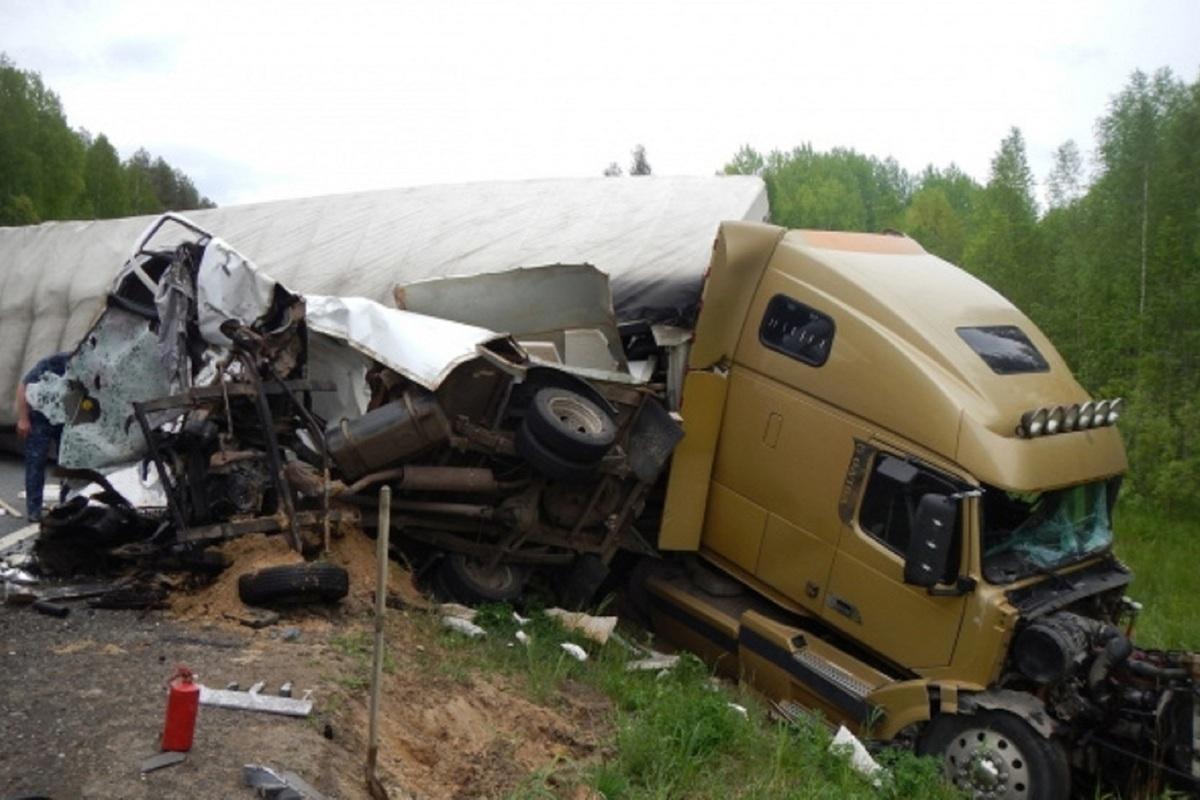 В трагическом ДТП на трассе Кострома-Шарья погиб водитель «Газели»