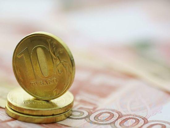 Пенсии в Ленобласти незначительно выросли, а в Петербурге сократились