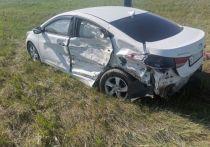 В Омской области из-за молодой водительницы пострадали три пассажира «Хёндай»