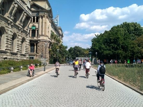 Волгоградский велосипедист проехал сквозь Лейпциг и Берлин