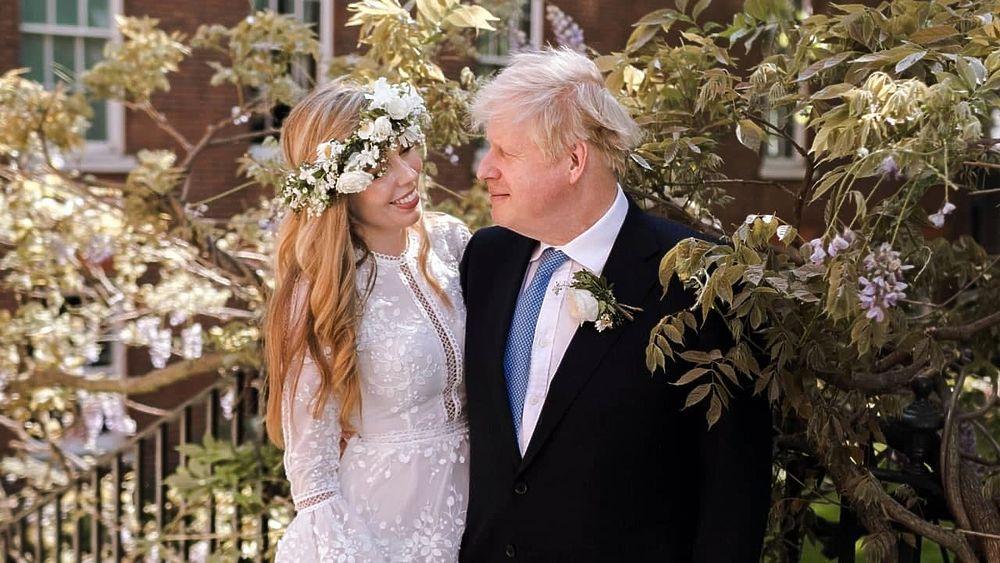 Борис Джонсон тайно женился: кадры счастливой пары премьера с экоактивисткой