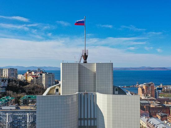 Названы улицы во Владивостоке, на которых парковка будет платной