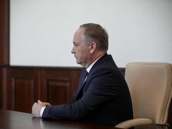 В коттедже экс-мэра Владивостока проходят обыски