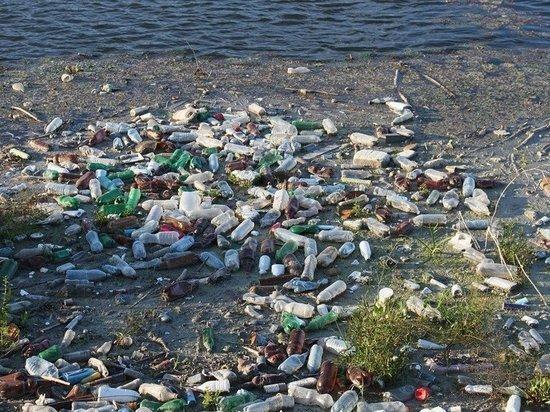В этом году в Югре очистят от мусора 250 километров береговой линии