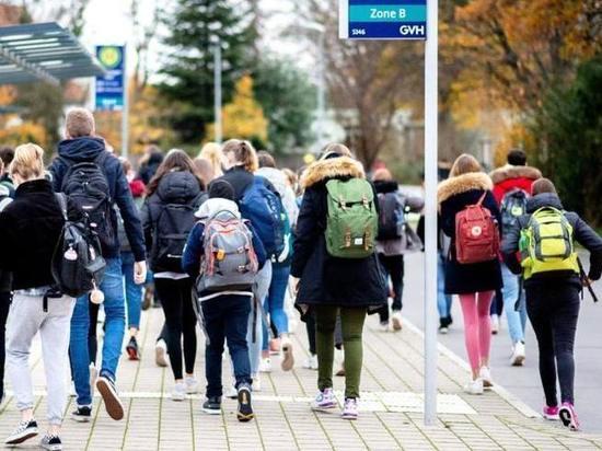 Германия: Никто не хочет брать на себя ответственность за школьников