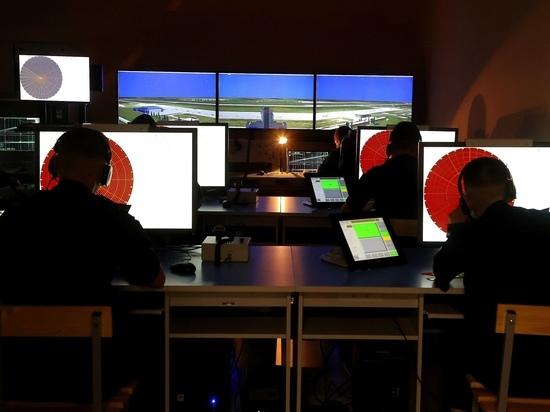 Общественный совет при Минобороны РФ впервые побывал в Челябинском авиаучилище