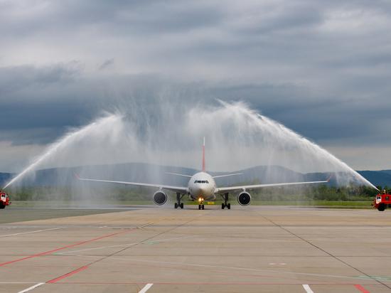 Беспересадочные рейсы Владивосток-Санкт-Петербург появились в Приморье