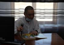 В Хакасии осужденные колоний записали аудиосказки для своих детей