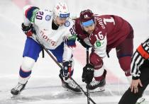 В последний игровой день группового этапа чемпионата мира по хоккею решается судьба оставшихся мест в плей-офф, и отличные шансы в этой борьбе имеют команды, составленные из игроков Континентальной хоккейной лиги.