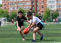 Скорость, азарт и первые слезы: в Хабаровске прошел турнир по тэг-регби среди школьников