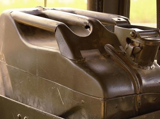 В Карелии пожилые сотрудники одной из фирм попытались украсть топливо