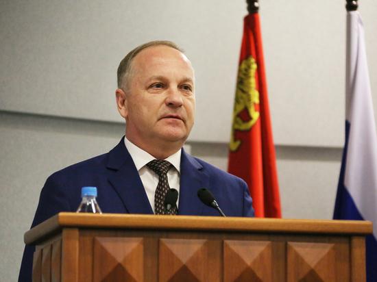 Стало известно, в чем обвиняют экс-мэра Владивостока